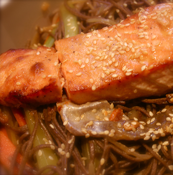 04_Salmon & Noodle in Jap Ginger Broth